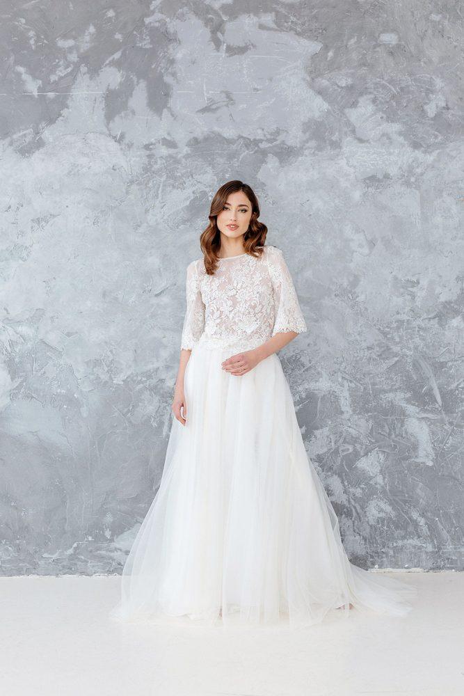 Boho brudekjole, bryllups blogg, kjøp brudekjolen i nettbutikk, blomstervegg til bryllup, bryllup diy, bryllups dekorasjoner, brudekjoler, brudekjoler inspirasjon, boho wedding dress ideas