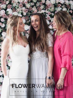 Blomstervegg, blomstervegg til bryllup, blomstervegg til utleie, enchanted garden blomstervegg, flower wall rental