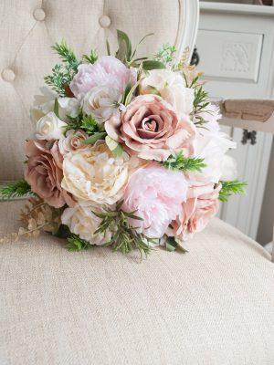 Brudebukett, Blush bryllups tema, blomster til bryllup, blomstervegg, blush og champagne bryllup, planlegge bryllup